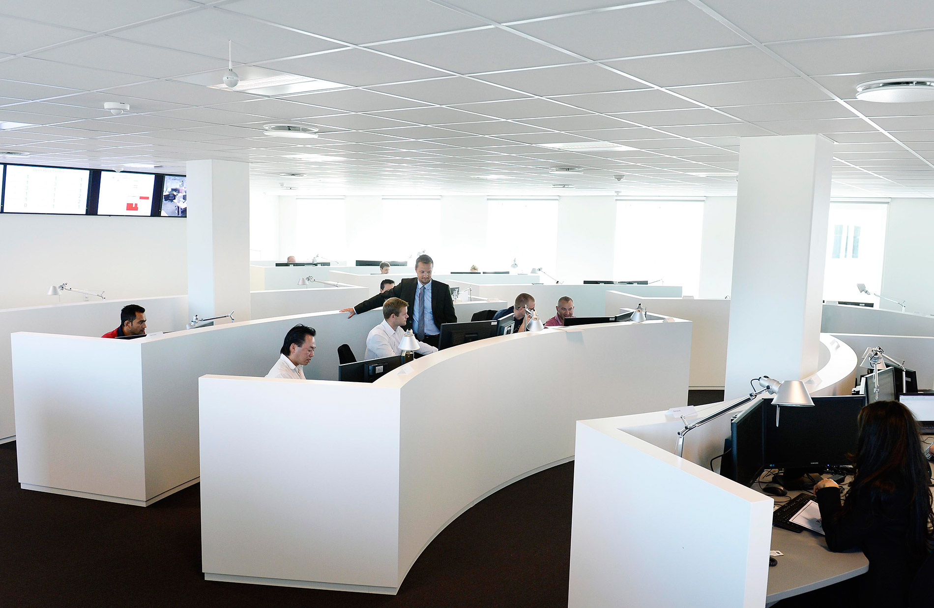 NNIT cybersecurity defence center desks
